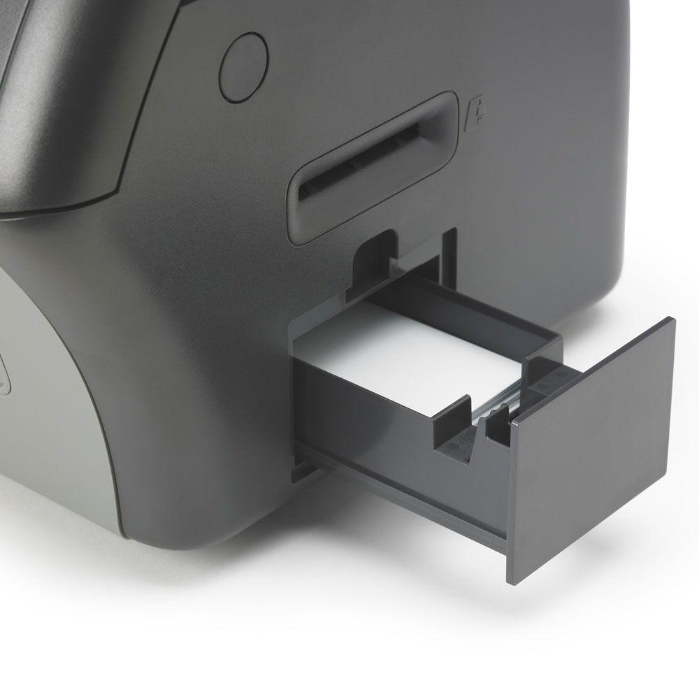 zebra zxp7 imprimante carte avec laminateur double faces ref z74 0m0c0000em00. Black Bedroom Furniture Sets. Home Design Ideas